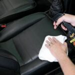 Как ухаживать за кожаной обивкой автомобиля?